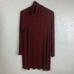 Love In Size Medium Maroon and Black Turtle Neck